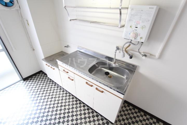 松井ビル 203号室のキッチン