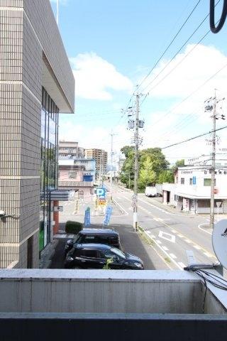松井ビル 203号室の景色