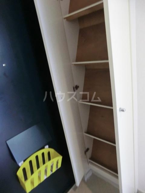 Kozy3番館 102号室の収納