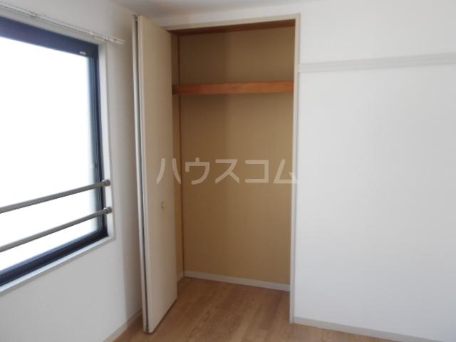 サンリバーⅠ 201号室の収納