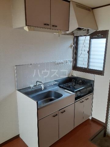 G.Oハイム江戸川台 102号室のキッチン