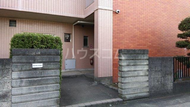 第16島田マンション 307号室のエントランス