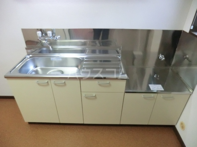第16島田マンション 307号室のキッチン