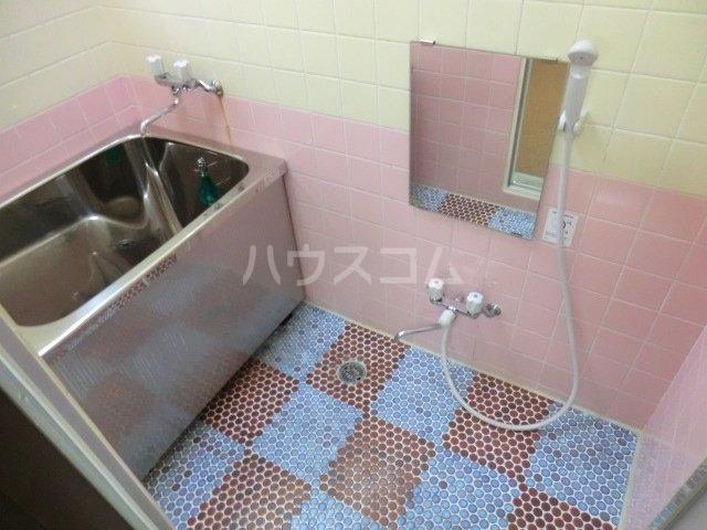 第16島田マンション 307号室の風呂