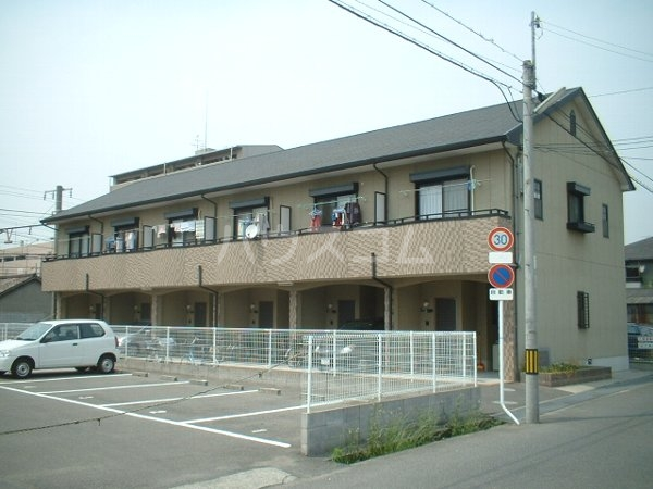 メゾネット早川外観写真