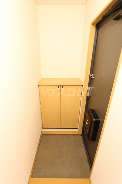 エスポワール立野A 201号室の玄関