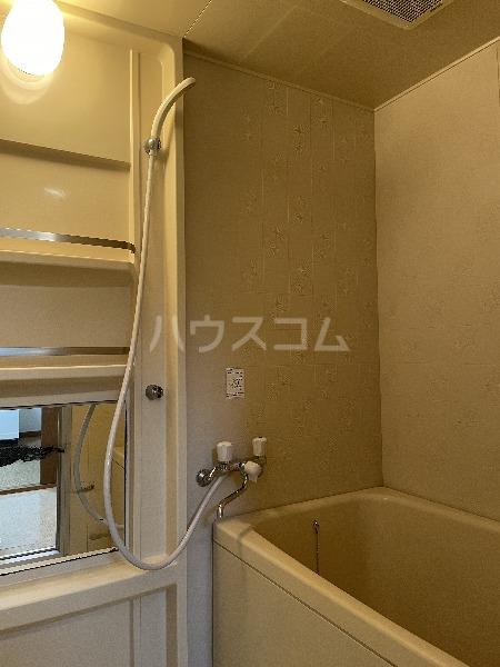 松田ハイツ 302号室の風呂