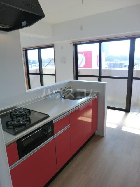 HILL SIDE 湘南 402号室のキッチン
