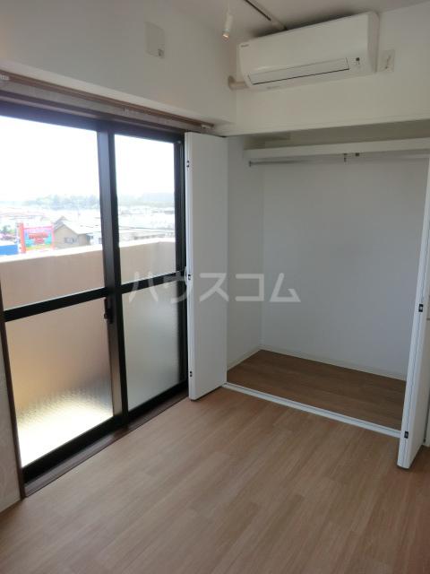 HILL SIDE 湘南 402号室のベッドルーム