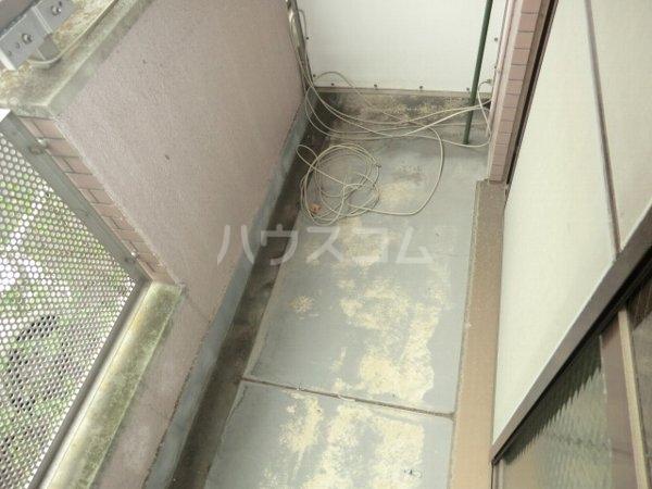 アップルコート春日井 107号室のバルコニー