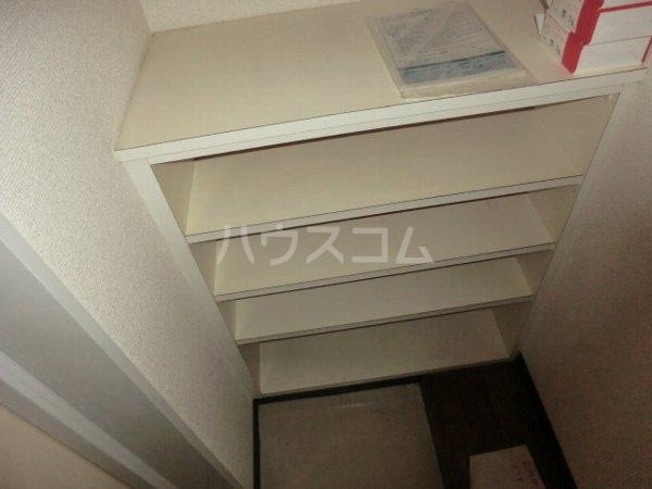 アップルコート春日井 107号室の玄関