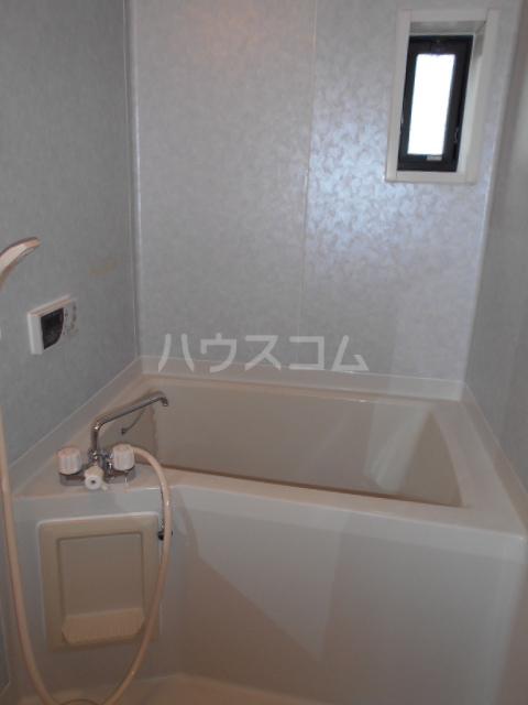 ジョイフルハウス 101号室の風呂