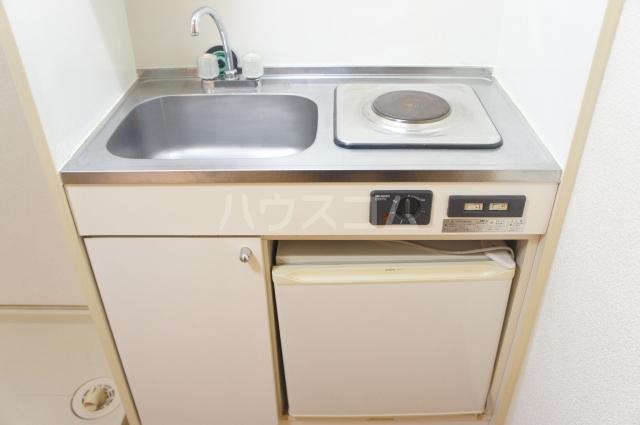 レオパレス如意申 205号室のキッチン