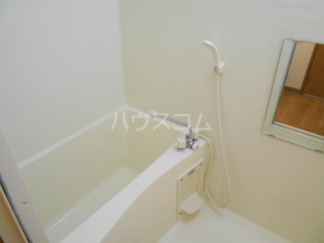 コスモ下山 203号室の風呂