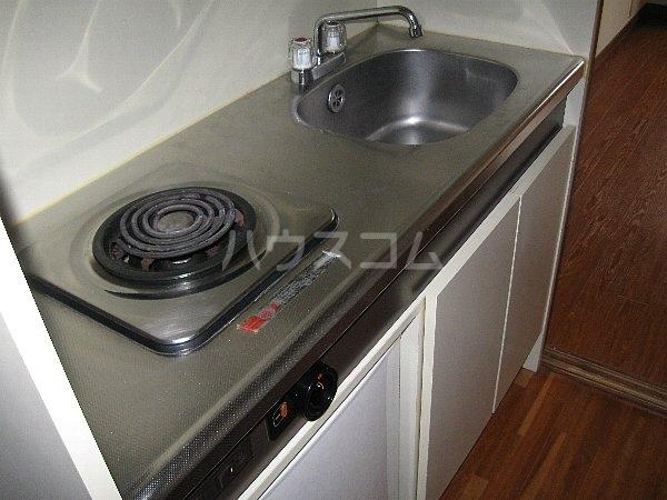 ラ・クール泉 903号室のキッチン