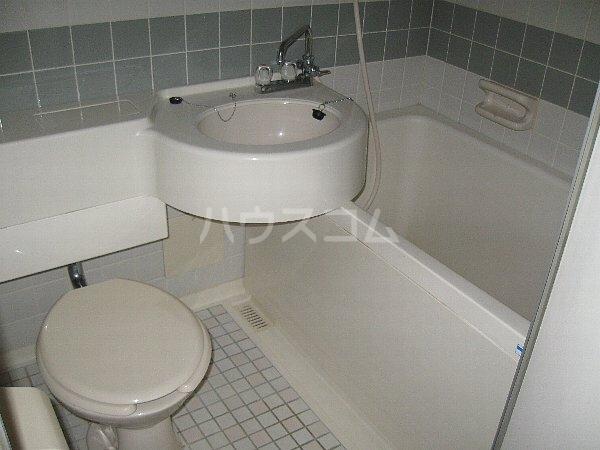 ラ・クール泉 903号室の風呂