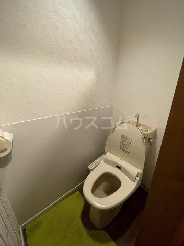 豊田屋ビル 303号室のトイレ
