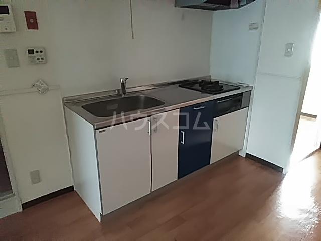 アルテミスm,s 101号室のキッチン