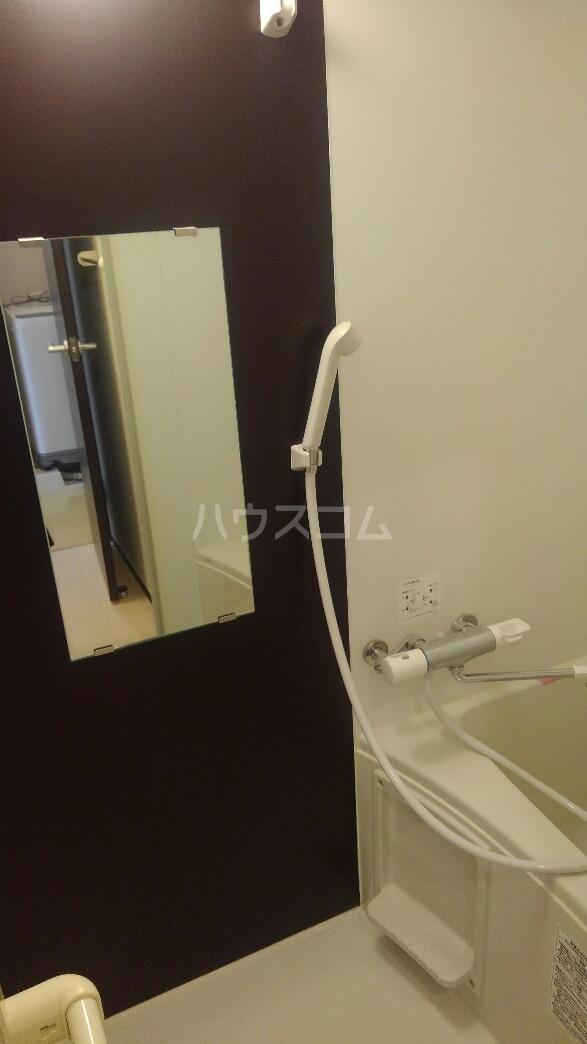 クレイノラ・プルミエール 104号室の風呂