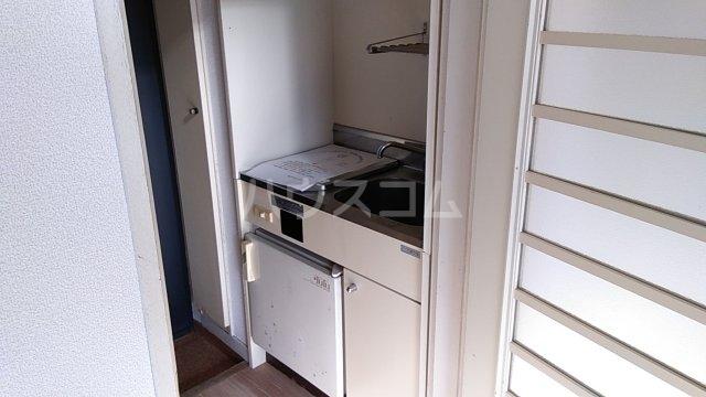 田村アパートメント 201号室のキッチン