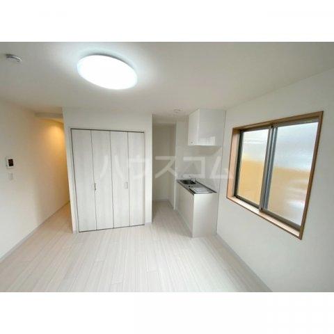 リブレス新河岸Ⅴ 旧新河岸元寮 107号室のリビング