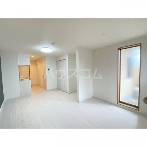 リブレス新河岸Ⅴ 旧新河岸元寮 108号室のリビング