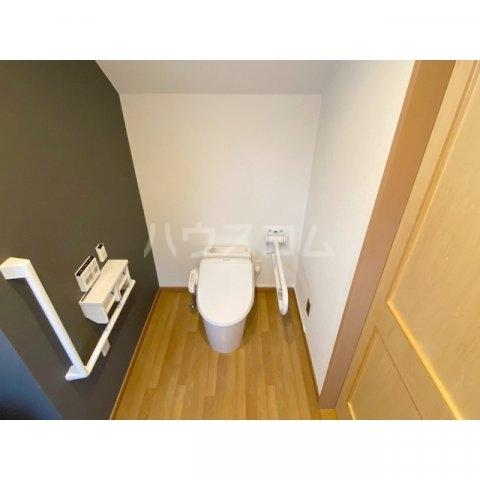 リブレス新河岸Ⅴ 旧新河岸元寮 108号室のトイレ