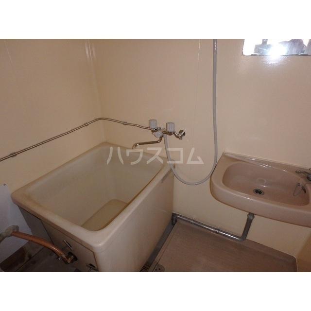 コンドーハイツ 203号室の風呂