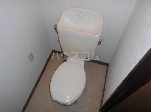 サープラスⅠ雉子野C棟 106号室のトイレ