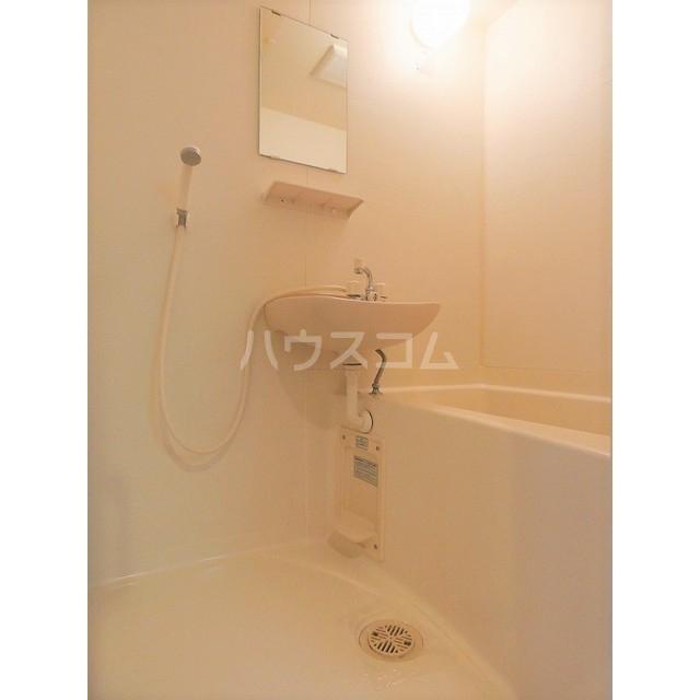 アイゼン竹下 105号室の風呂