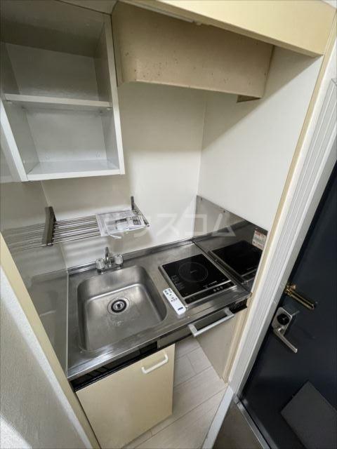 ランドマーク東浦和 101号室のキッチン