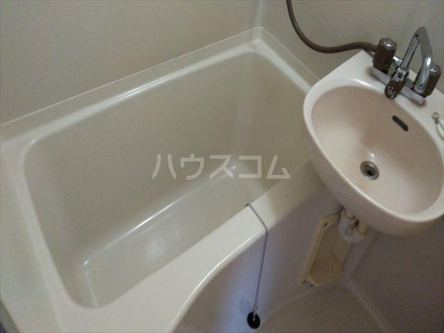 ランドマーク東浦和 101号室の風呂