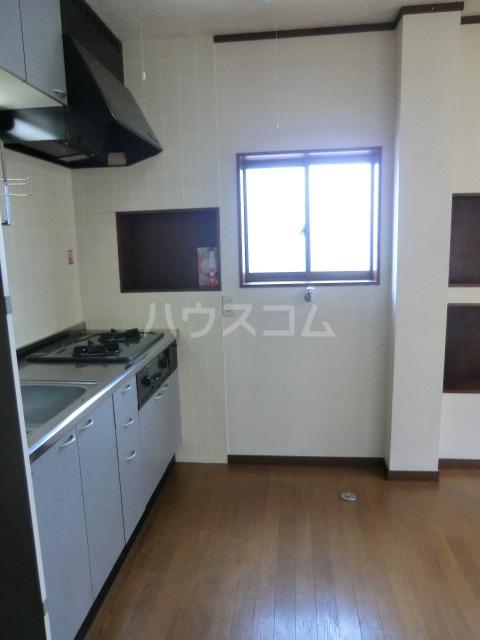 睦マンション 301号室のキッチン
