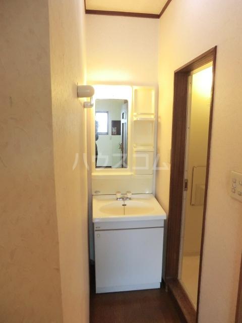 睦マンション 301号室の洗面所