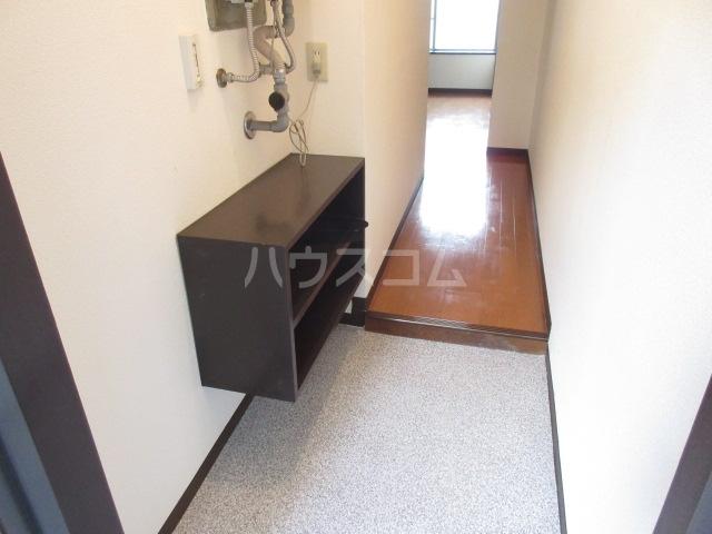 スカイハイツ 101号室の玄関
