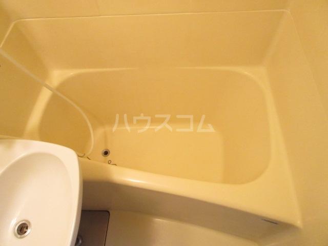 スカイハイツ 101号室の風呂