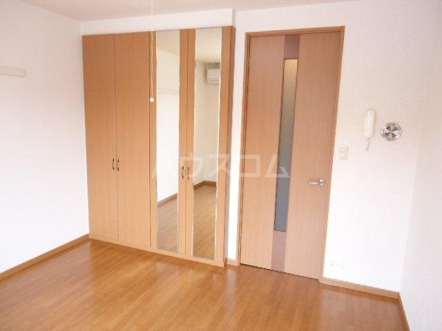 フローラーリア湘南 110号室のベッドルーム