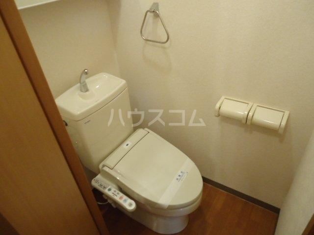 フローラーリア湘南 110号室のトイレ