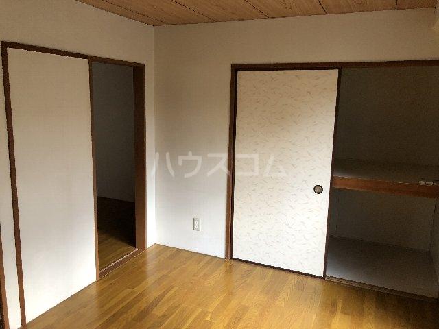 シティ長栄 205号室の収納