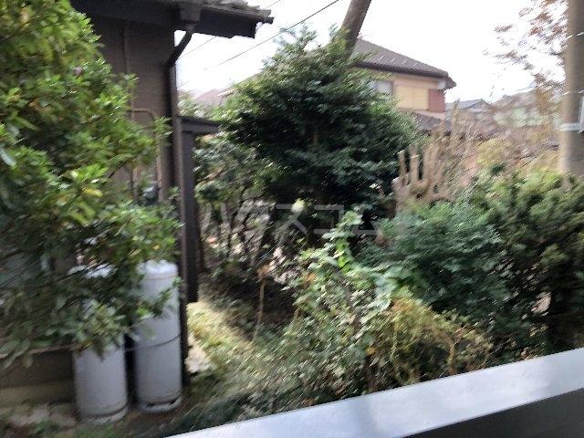シティ長栄 205号室の庭