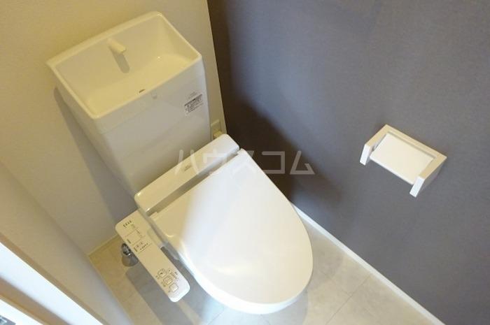 ティールーム高野 102号室のトイレ