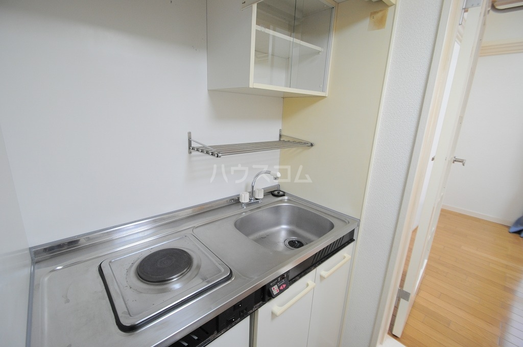 レオパレス春吉 107号室のキッチン