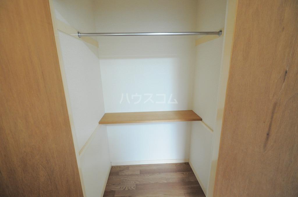 レオパレス春吉 107号室の収納