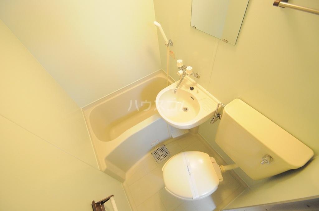 レオパレス春吉 206号室の洗面所
