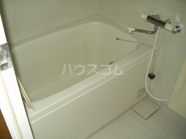 グランド千葉東 2-D号室の風呂