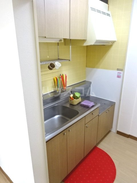 アルス松戸 102号室のキッチン