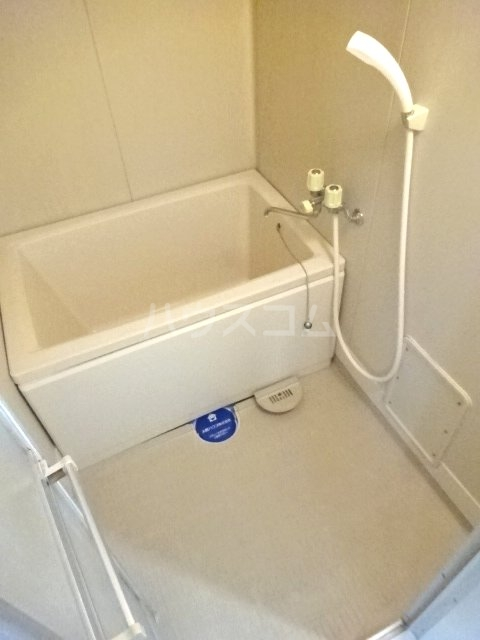 アルス松戸 102号室の風呂
