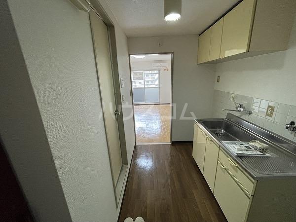 愛石ビル 407号室のキッチン