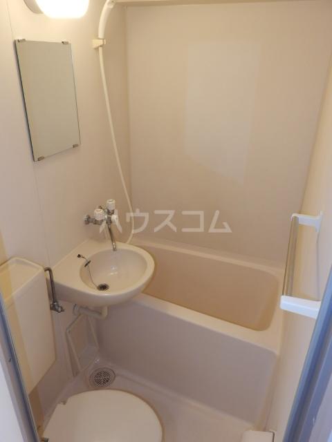 愛石ビル 407号室の風呂