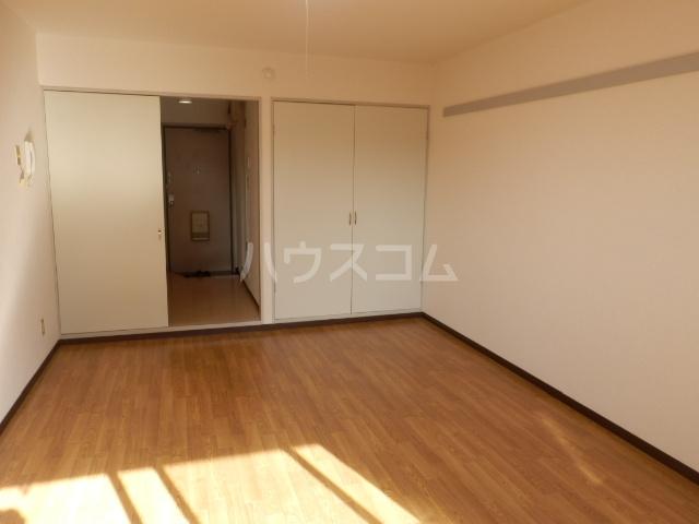 愛石ビル 407号室のベッドルーム